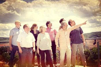 Foto: Team auf der Dachterasse