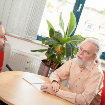 Peter Gietz im Consulting-Gespräch mit einem Kunden