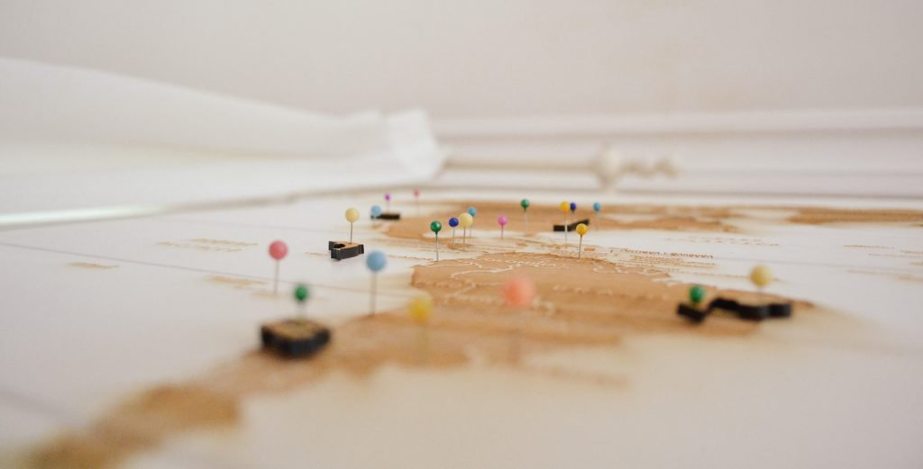 Stockphoto: map with pins